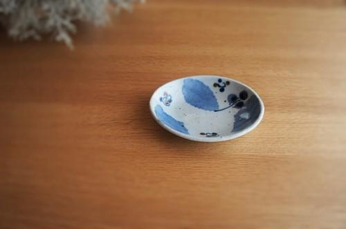 砥部焼/楕円小皿/ブルー木の葉/森陶房