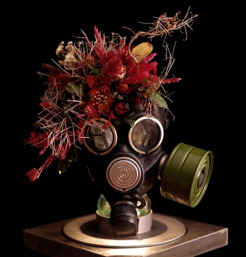 """""""over"""" Gas Mask Blood Red"""
