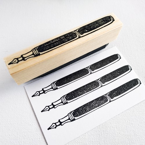シンプルな万年筆