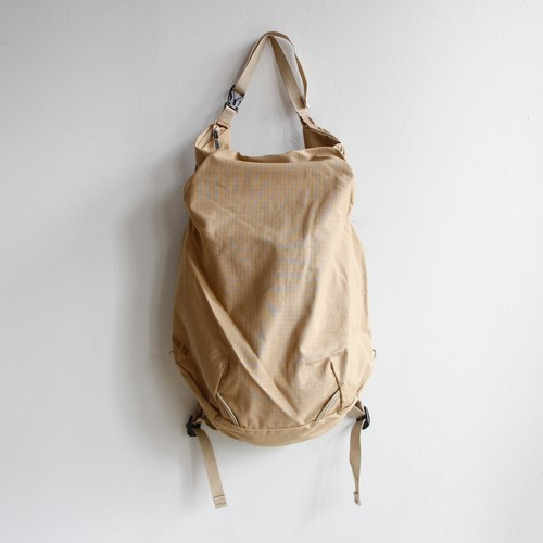 "《MOUNTEN. 2020AW》2way18 ""CORDURA"" / beige"
