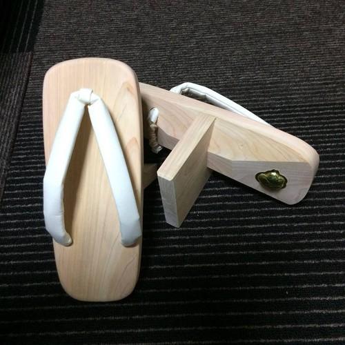 【体を劇的に変えるツール】オリジナル一本歯下駄(檜=ヒノキ製)