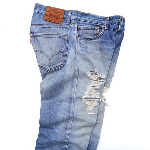 1990's USA製 [Levi's] 501 ヒゲ落ち・ダメージ・裾カットオフ 表記(W33) リーバイス