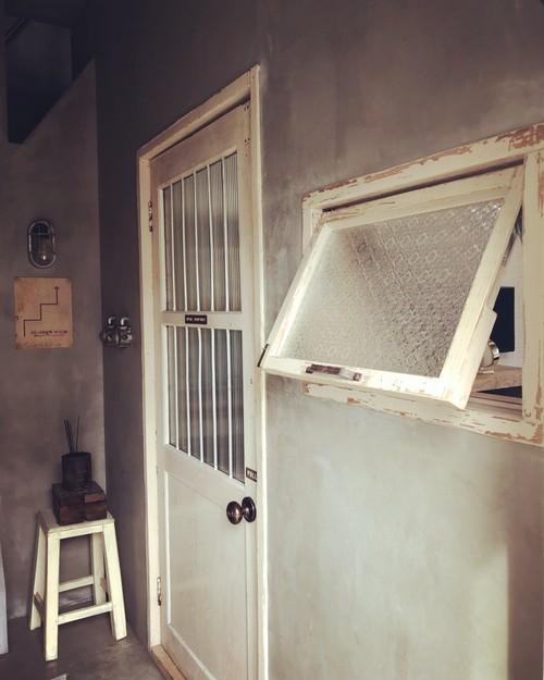 数量限定 OWW-W サイズオーダー可 外木枠付き 滑り出し窓 冊子 海外型板ガラス付き 新築 リノベーション 古材 窓 ガラス付き ガラス窓