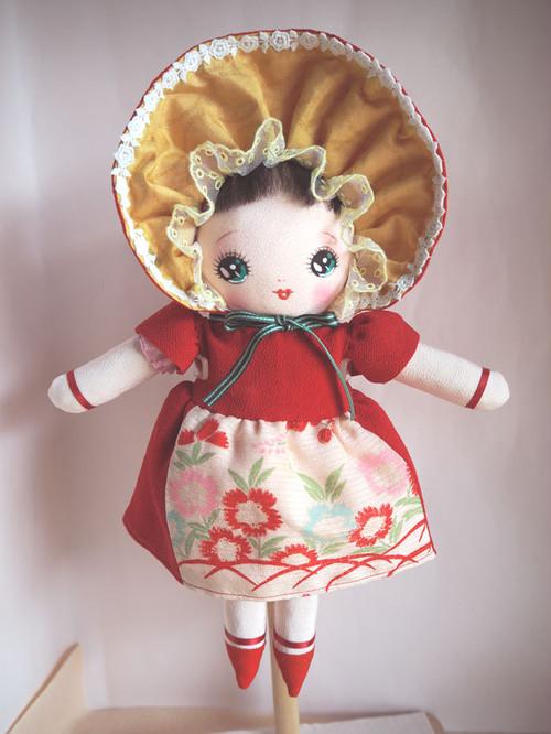絹文化人形 (No.16)