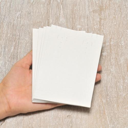 大ぶり 台紙 (パール紙)20枚 9×13.5cm イヤリング・ピアス・ネックレス兼用  日本製 イヤリング台紙 穴あり D117