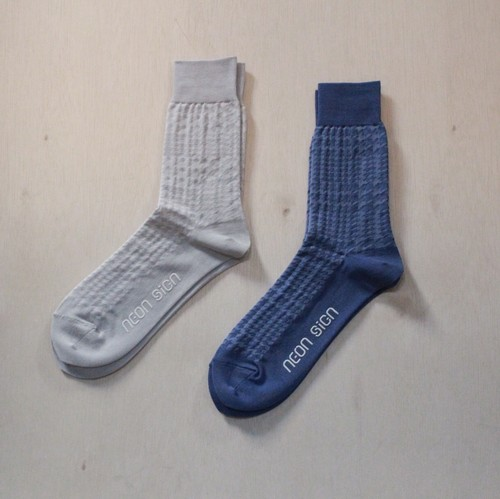 neon sign glen check diagram socks
