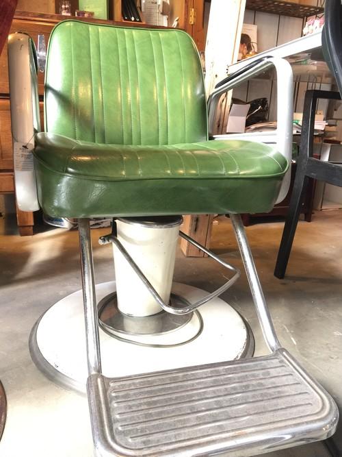 【レアレトロ】グリーンのbarberチェア