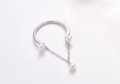 アコヤベビーパールのゆらゆらリング(Silver色)