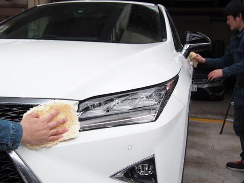 【大型車】手洗いムートン洗車(ガラス、ホイール込)