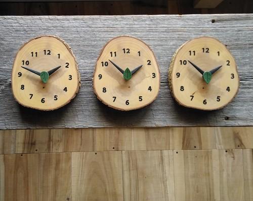 森の三つの掛け時計 3連時計