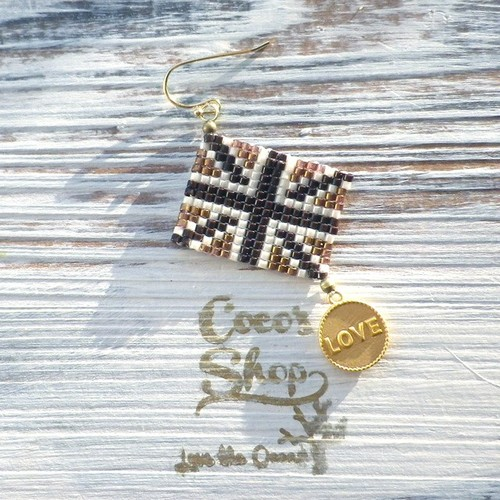 ◆SALE ¥300 OFF◆ Flag One Yar Earing ~Union Jack&Love~ -Brown Gold-