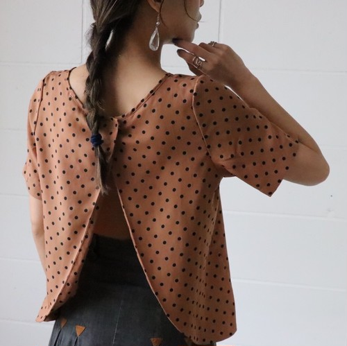 90's dot open back blouse
