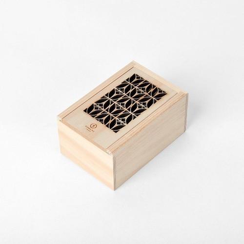 台湾茶 切り絵ボックス チューリップ(碧螺春綠茶)