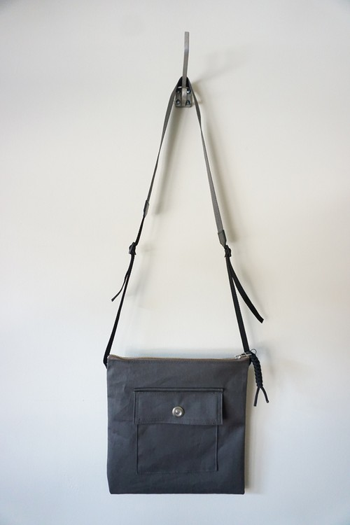 SHOULDER BAG [OLIVE]