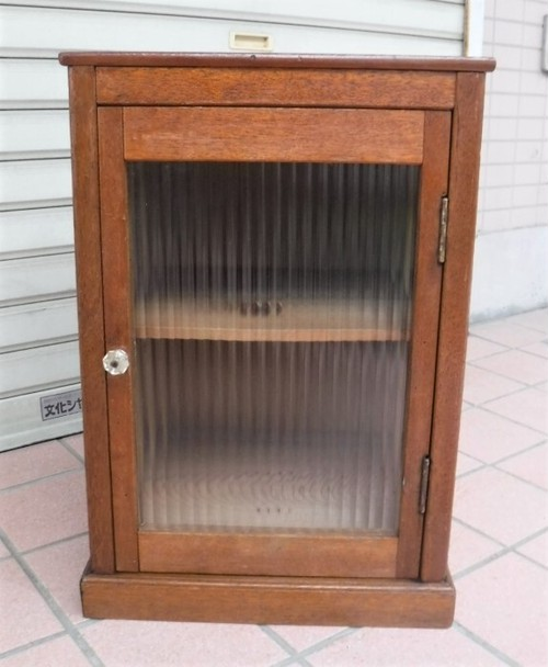 モールガラスの小さな戸棚(0830106S)
