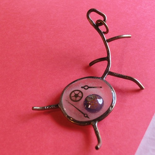 【シロアリ】a ~ ペンダントトップ ※革紐やチェーンは付属いたしません。 真鍮 レジン 時計パーツ #1452