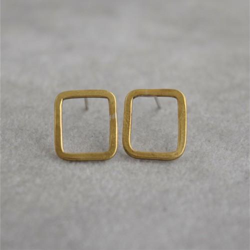 『 四角ピアス』Brass(真鍮)製 オリジナルピアス No.pe-21