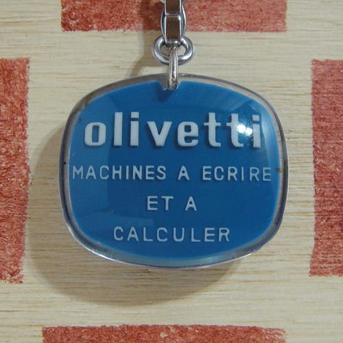 イタリア olivetti[オリベッティ] タイプライター&計算機メーカー ブルボンキーホルダー