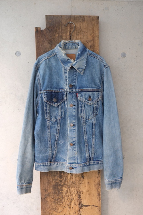 vintage/water lily pond denim jacket (Levi's/big-e).