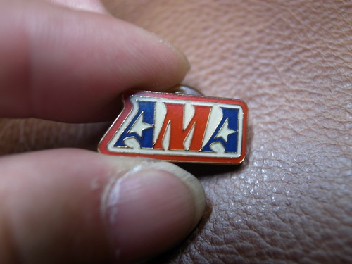 AMA Square ピンバッジ(American Motorcycle Association)