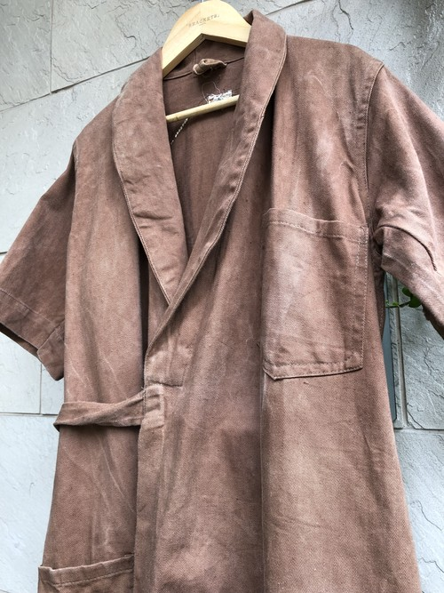1940s British S/S cotton drill wrapped coat brown color with CC41 label