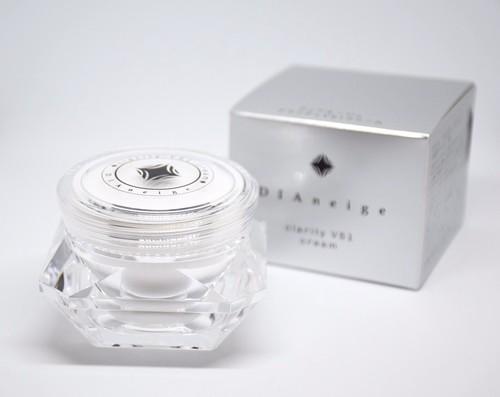 clarity VS1 cream DIAneige -leakea-