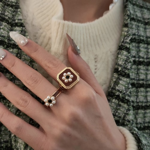vintage square flower ring 2c's set