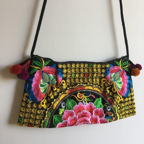 タイ モン族 刺繍バッグ 黄色