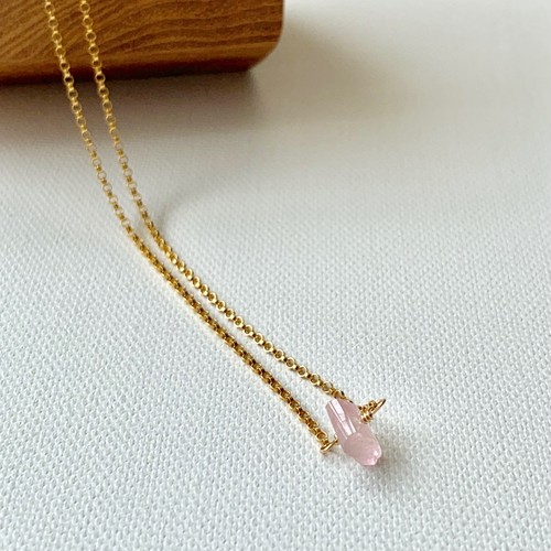 ishi jewelry Natural Stone Necklace / ROSE QUARTZ