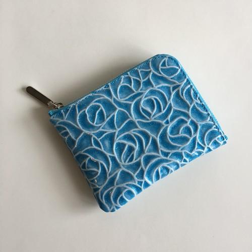 薄マチで使いやすいハーフ財布 エナメル革ローズ オーシャンブルー Squeeze