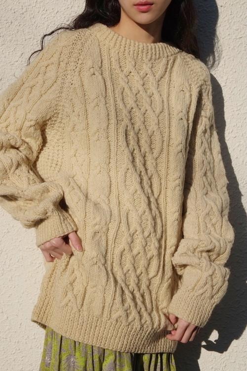 vintage/to o i hi knit sweater.