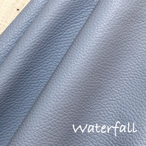 36cm×36cm カルトナージュ用イタリア製本革 Waterfall(グレーがかったブルー)