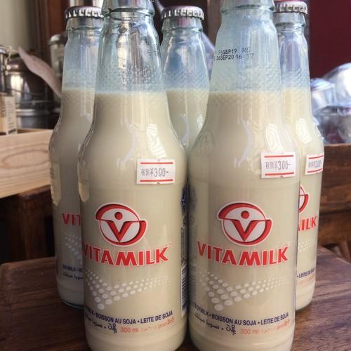 豆乳 vita milk soy milk bottle นมไวตามิลค์ ขวด 300ml