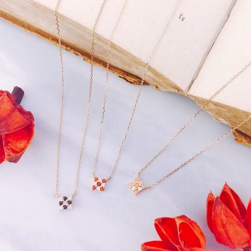 【kiyolakrei】キヨラクレイ ビーズコーラル ネックレス 赤珊瑚 白珊瑚 ダイヤモンド ブラックスピネル K18 83a05nr 83a05nw (CORALIA)