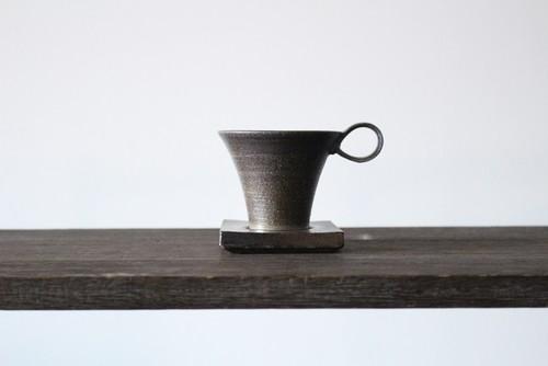 石や鉱物の硬い質感を生かしたミニマルで美しい器 陶芸作家【中島知之】 Demitasse cup & saucer   デミタスカップ&ソーサー 70cc