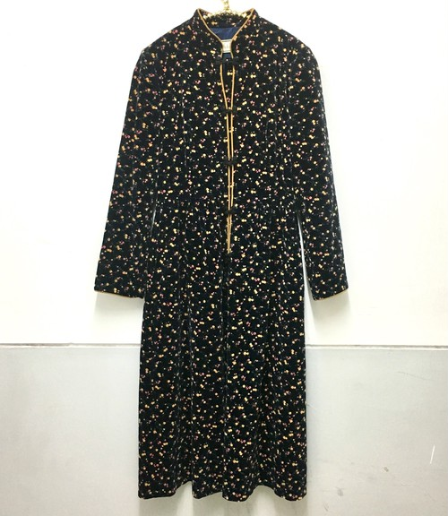 floret china button onepiece
