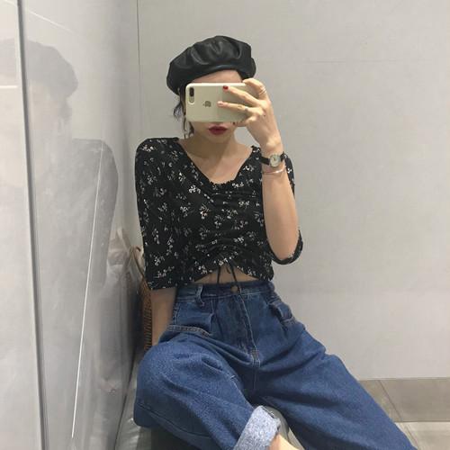 【トップス】落ち着いた雰囲気セクシースリム花柄Tシャツ20520182
