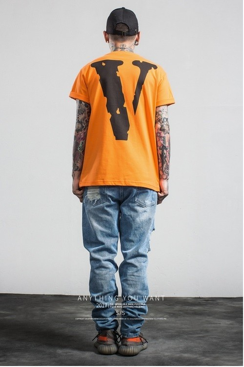【M-XLサイズ有】オレンジ メンズ Tシャツ クルーネック 半袖 トップス コットン カジュアル HIPHOP プリント 夏 迷彩 全2色