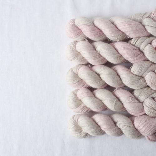 青時雨 (Baby Alpaca Lace)