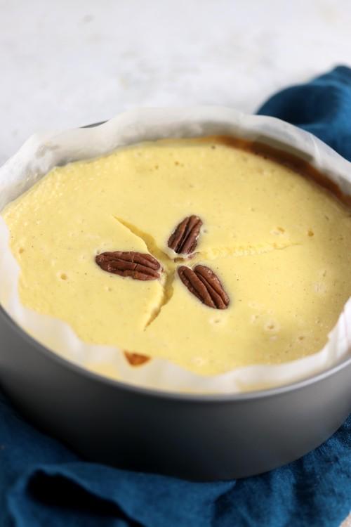 低糖質割れたチーズケーキ(18cm・ホール)『レモン、ラズベリー、メープル』