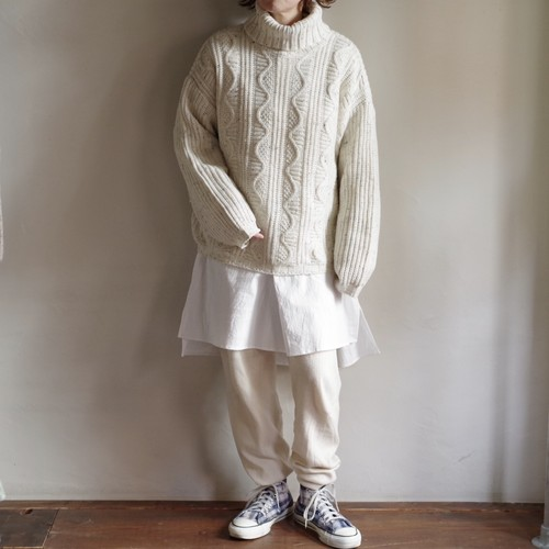 Turtleneck Sweater / タートルネック セーター
