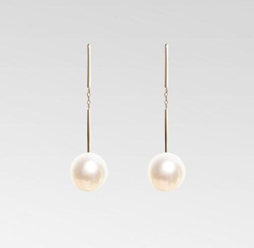 Earring -Akoya Cultured Pearl-
