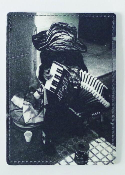MD-G-003_Print Leather ID Card Case feat. 森山大道_BOY