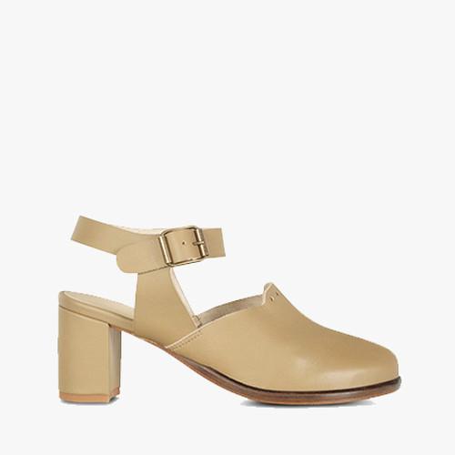 Deux Souliers (サンプルコレクション) - Jane Heel #1 ストラップヒールサンダル (オリーブ) 【スペイン】【靴】【シューズ】【インポート】【VOGUE】