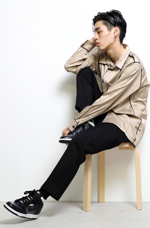 Epaulet Shoulder Shirts (Beige)