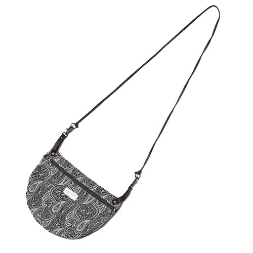 APRON BAG – PAISLEY (BLACK/WHITE) / RUDE GALLERY