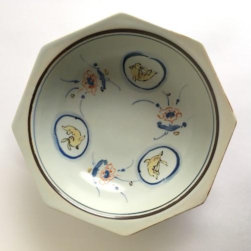 染錦三方兎八角鉢