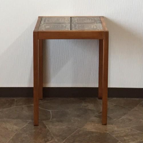 デンマーク製チーク材タイル張りサイドテーブル  no.402