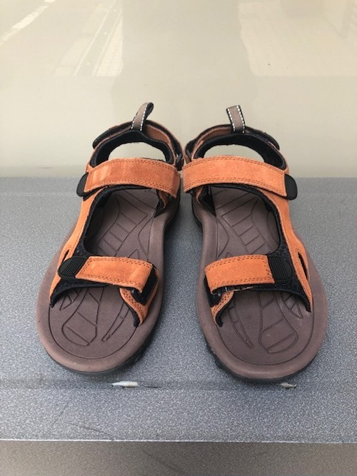 "DEAD STOCK             ""BRITISH ARMY RIVER SANDAL by HI-TEC"""