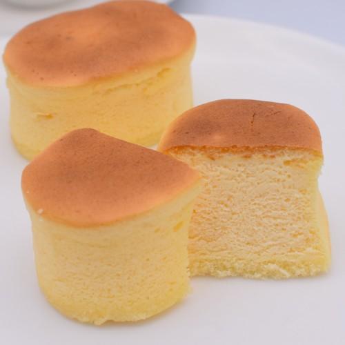 【冷凍便】天使のスフレ・フロマージュ(スフレチーズケーキ)10個入